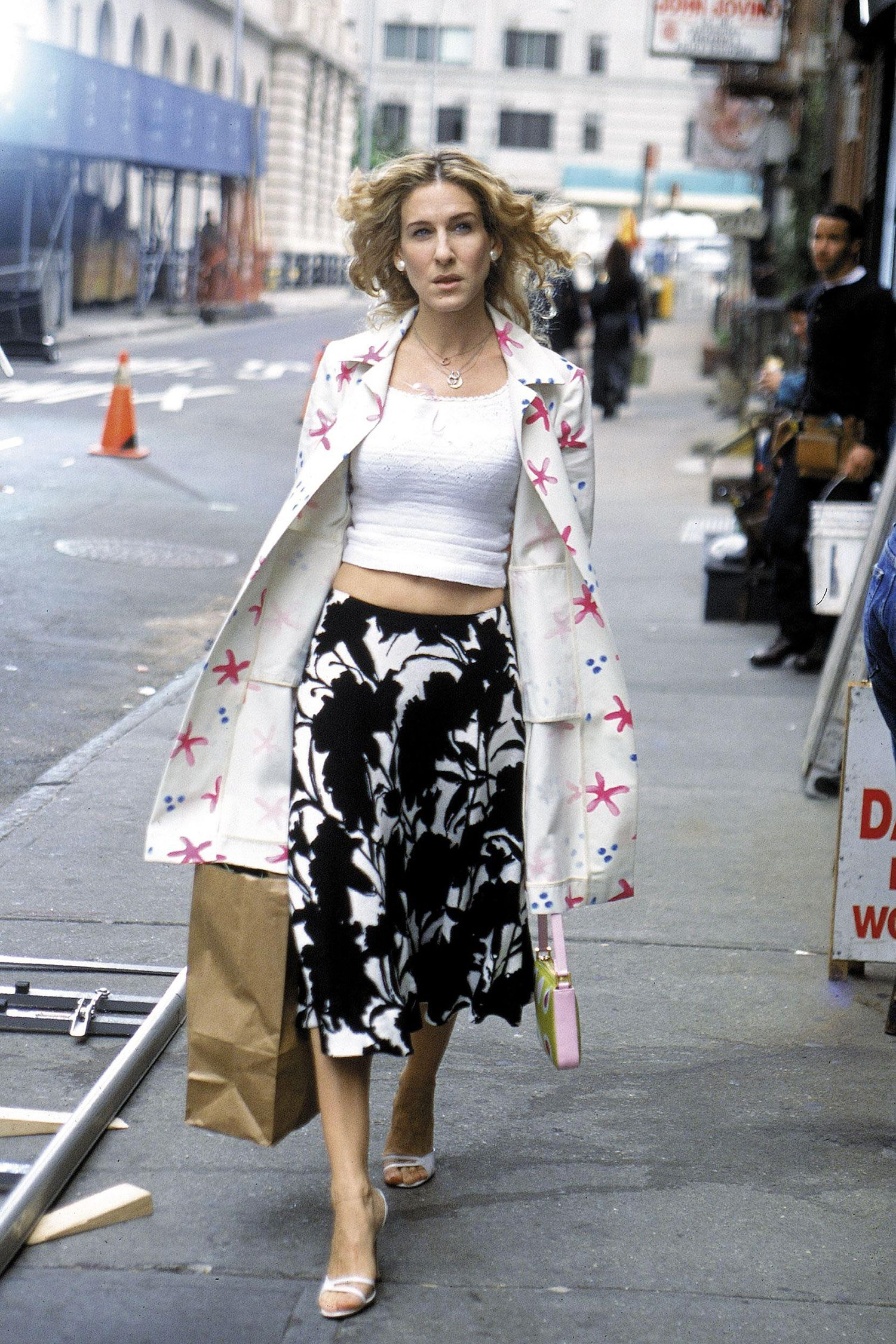 Carrie sex and the city fashion