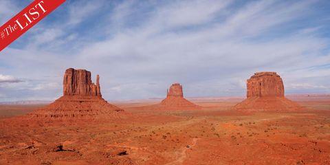 Natural environment, Cloud, Rock, Landscape, Plateau, Bedrock, Butte, Formation, Geology, Sand,