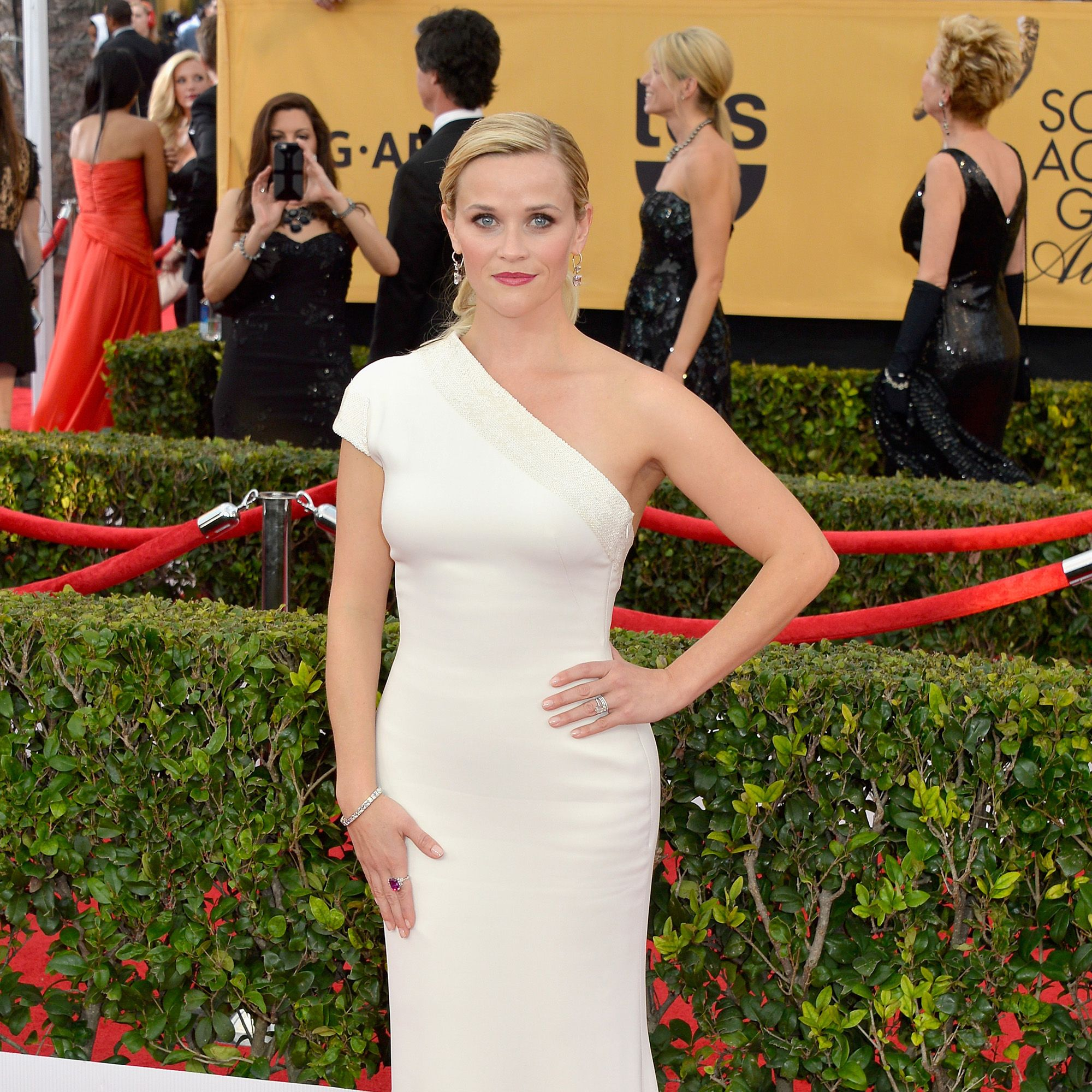 LOS ANGELES, CA - JANUARY 25:  Actress Reese Witherspoon attends the 21st Annual Screen Actors Guild Awards at The Shrine Auditorium on January 25, 2015 in Los Angeles, California.  (Photo by Lester Cohen/WireImage)