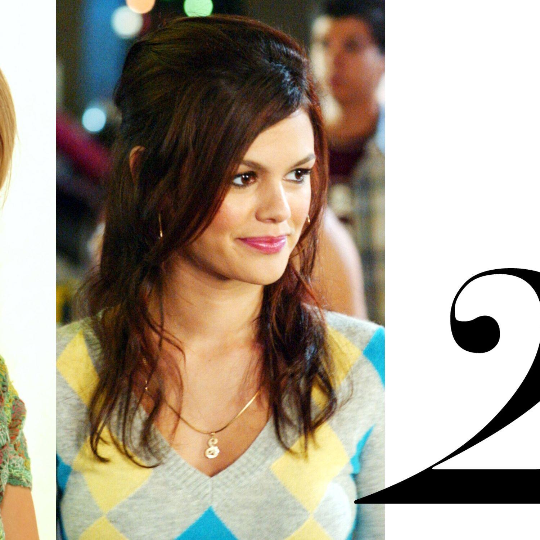 California girls&nbsp&#x3B;Marissa Cooper and Summer Roberts had beachy waves and braids perfected.