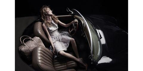 Human body, Darkness, Model, Flash photography, Vehicle door, Long hair, Fashion model, Cg artwork, Photo shoot, Classic,