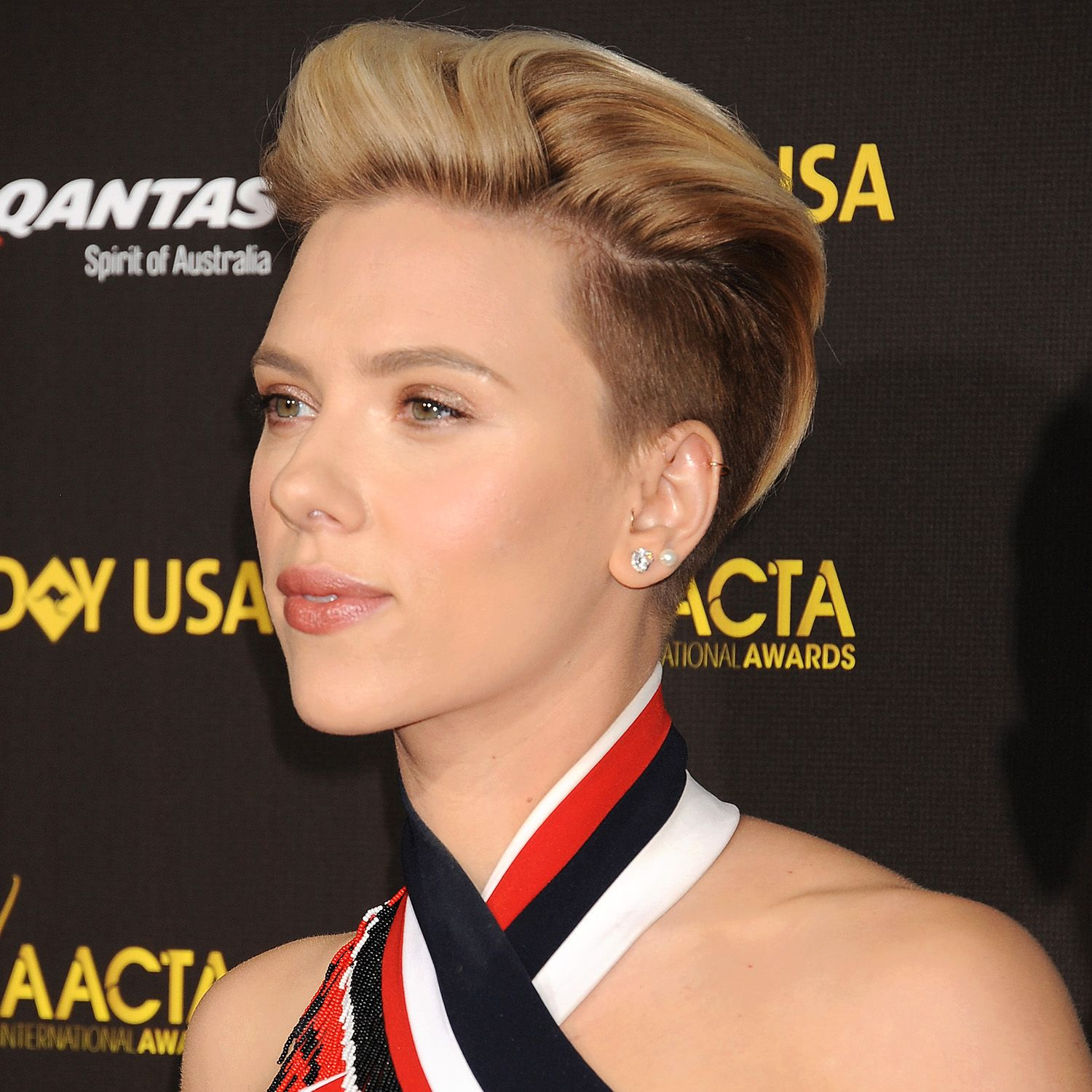LOS ANGELES, CA - JANUARY 31: Actress Scarlett Johansson attends the 2015 G'Day USA Gala featuring the AACTA International Awards presented by Qantas at Hollywood Palladium on January 31, 2015 in Los Angeles, California.(Photo by Jeffrey Mayer/WireImage)