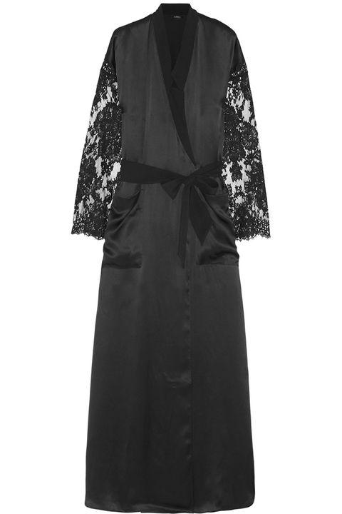 Clothing, Sleeve, Textile, Dress, Formal wear, Style, One-piece garment, Collar, Pattern, Fashion,
