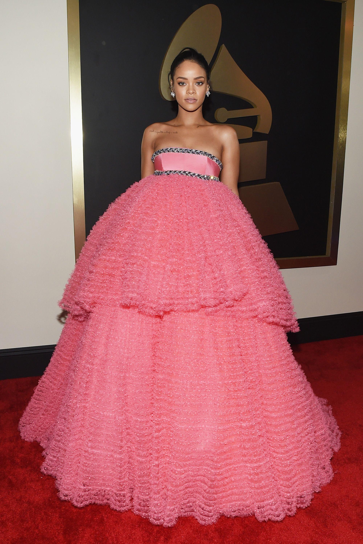 How Rihanna Chose Her Grammy's Dress