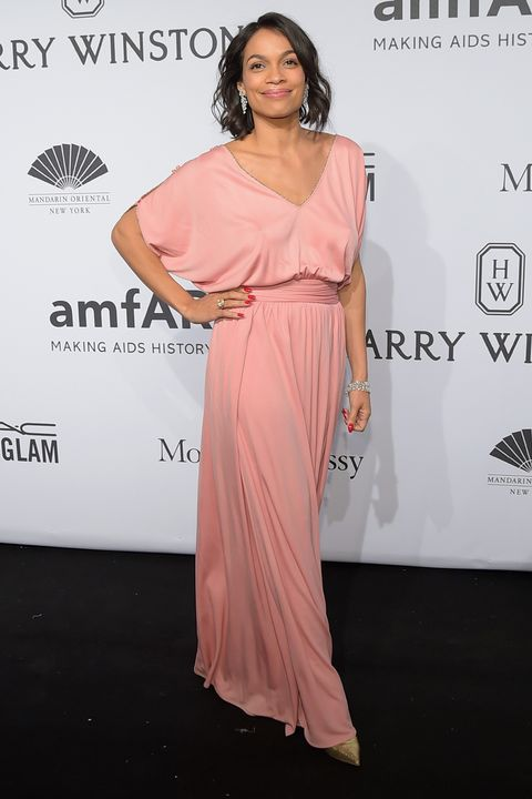 NEW YORK, NY - FEBRUARY 11:  Actress Rosario Dawson attends the 2015 amfAR New York Gala at Cipriani Wall Street on February 11, 2015 in New York City.  (Photo by Michael Loccisano/Getty Images)