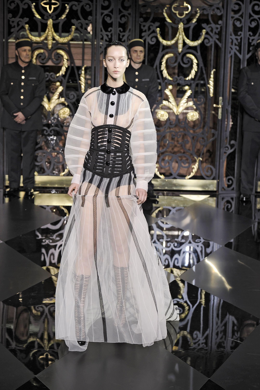 Inspired bondage fashion
