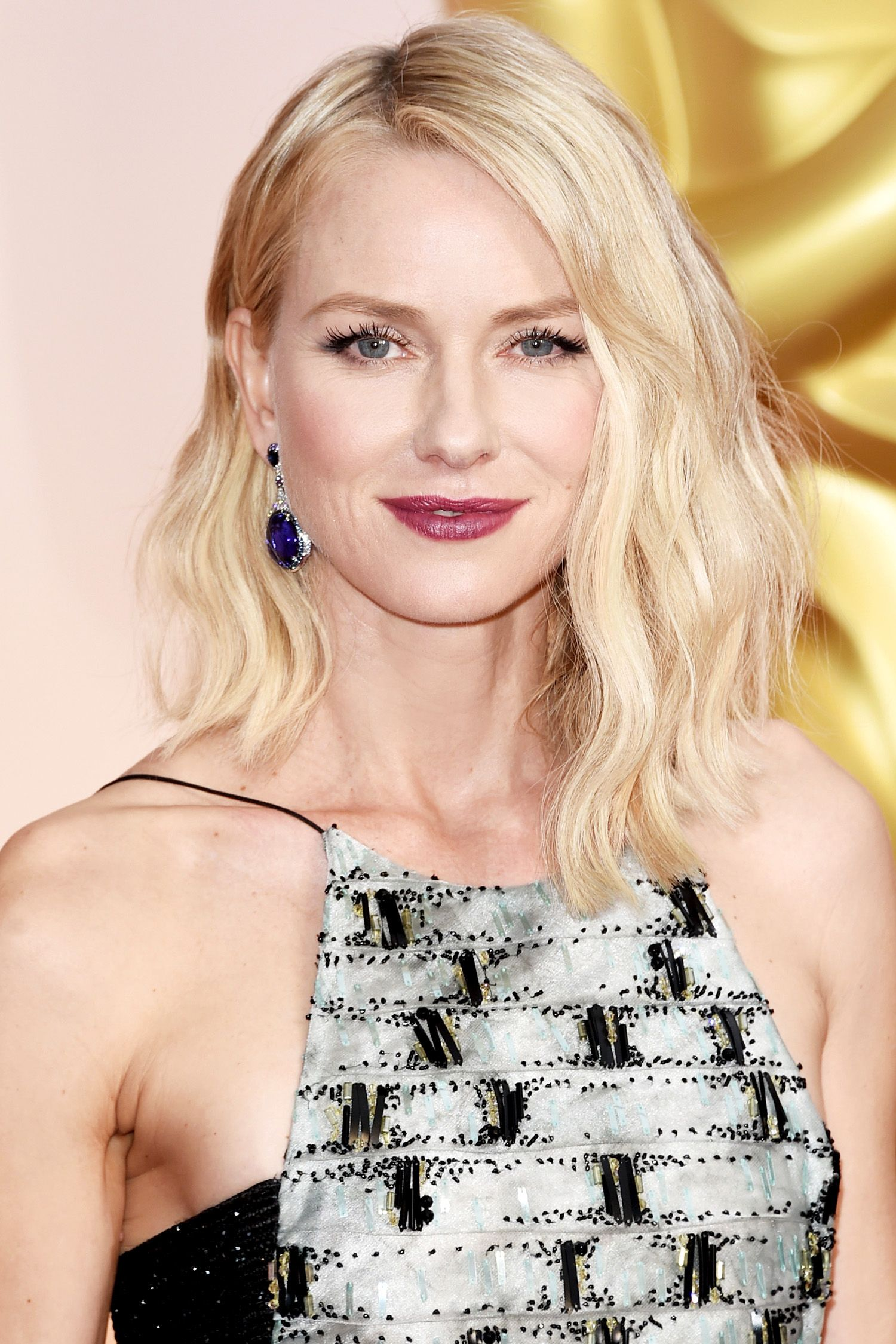 HOLLYWOOD, CA - FEBRUARY 22:  Actress Naomi Watts attends the 87th Annual Academy Awards at Hollywood & Highland Center on February 22, 2015 in Hollywood, California.  (Photo by Jason Merritt/Getty Images)