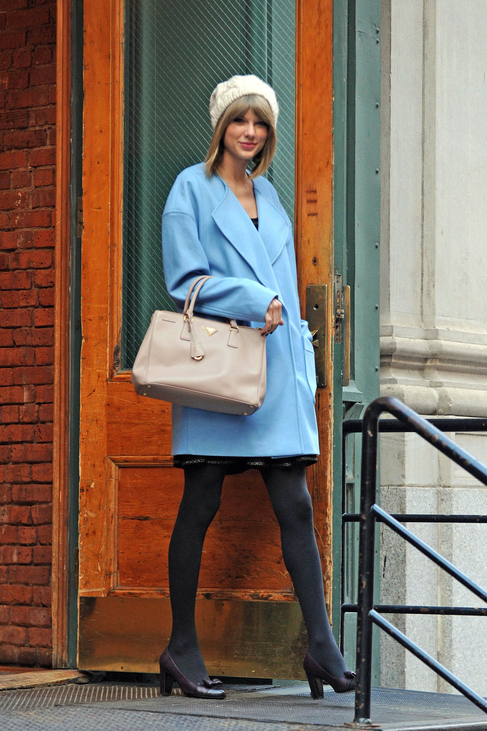 NEW YORK, NY - DECEMBER 11:  Singer Taylor Swift is seen on December 11, 2014 in New York City.  (Photo by GWR/Star Max/GC Images)