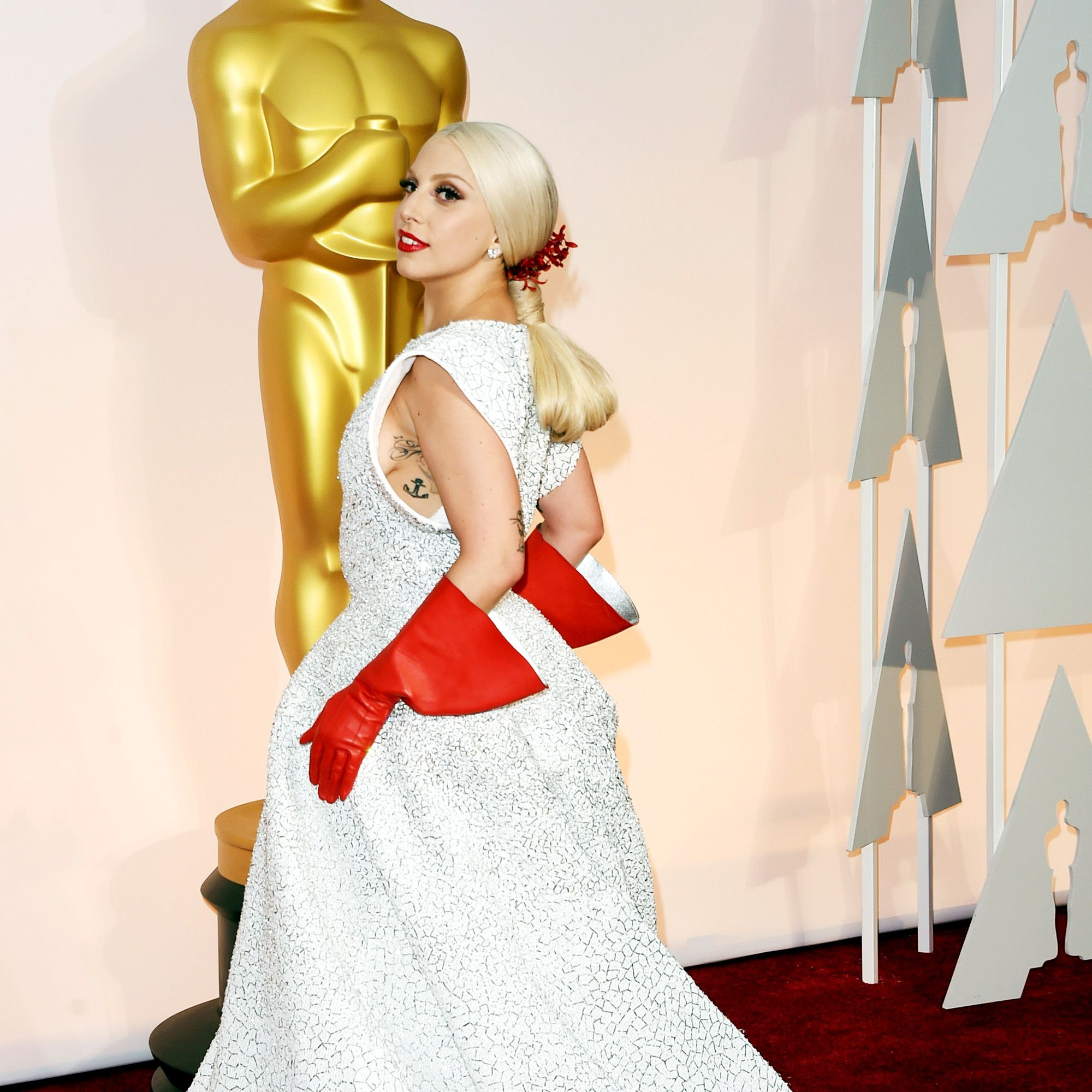 HOLLYWOOD, CA - FEBRUARY 22:  Lady Gaga attends the 87th Annual Academy Awards at Hollywood &amp&#x3B; Highland Center on February 22, 2015 in Hollywood, California.  (Photo by Jason Merritt/Getty Images)