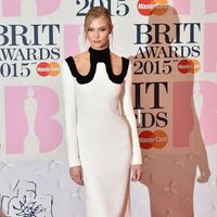 US model Karlie Kloss poses on the red carpet to attend the BRIT Awards 2015 in London on February 25, 2015. AFP PHOTO / LEON NEAL &#xA&#x3B; &#xA&#x3B;RESTRICTED TO EDITORIAL USE, TO ILLUSTRATE THE EVENT AS SPECIFIED IN THE CAPTION, NO USE IN PUBLICATION DEVOTED TO SINGLE PERFORMER        (Photo credit should read LEON NEAL/AFP/Getty Images)