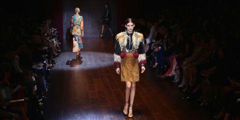 Human body, Fashion show, Runway, Fashion model, Fashion, Costume design, Public event, Fashion design, Haute couture, Model,