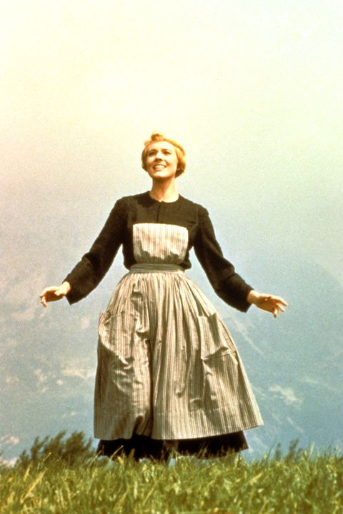 THE SOUND OF MUSIC, Julie Andrews, 1965, TM and Copyright ©20th Century-Fox Film Corp. All Rights Reserved. Courtesy: Everett Collection.