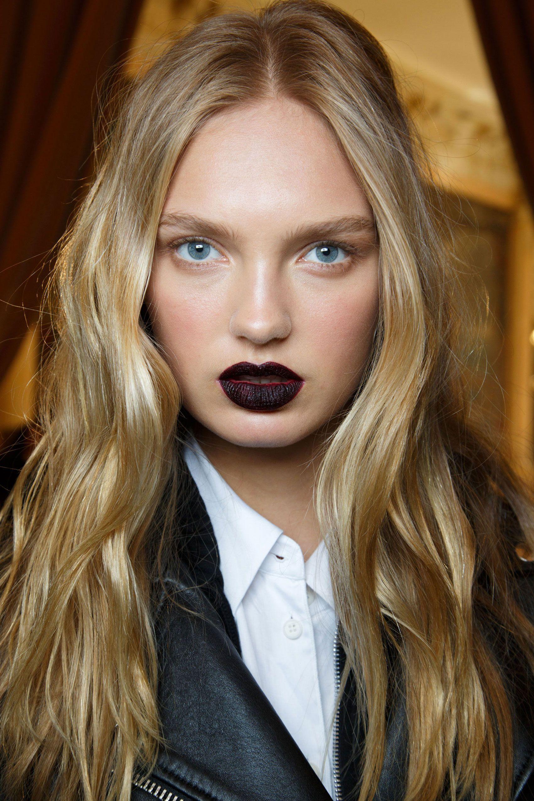 Fall 2015 Runway Beauty Hair Makeup And Nails From Paris Fashion Week Fall 2015