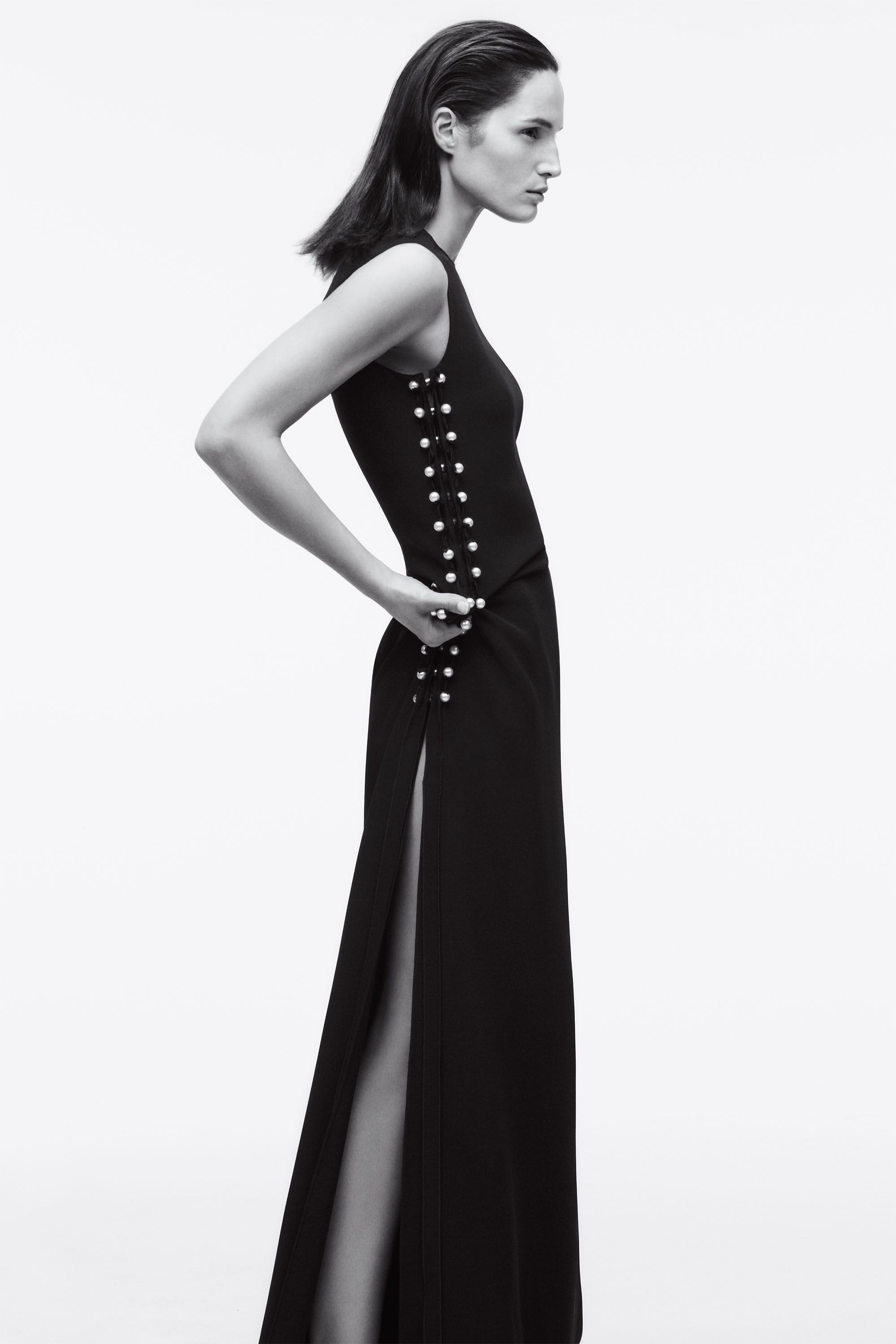 Black streamlined with sexy details is always in style.&nbsp&#x3B;