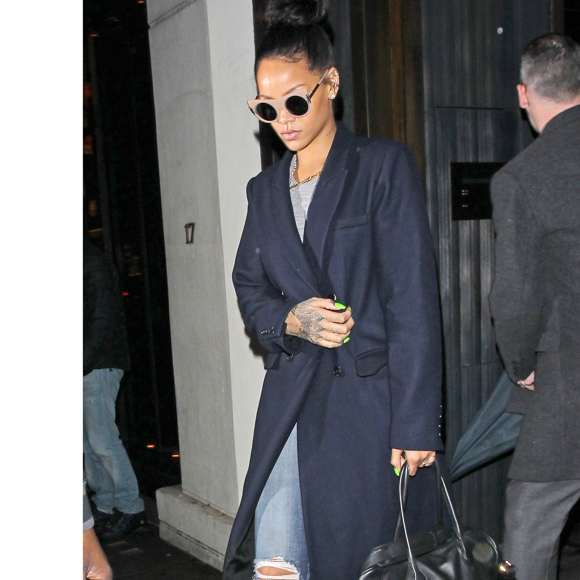 LONDON, ENGLAND - DECEMBER 02:  Rihanna seen leaving Hakkasan Restaurant in Mayfair on December 2, 2014 in London, England.  (Photo by Neil Mockford/Alex Huckle/GC Images)