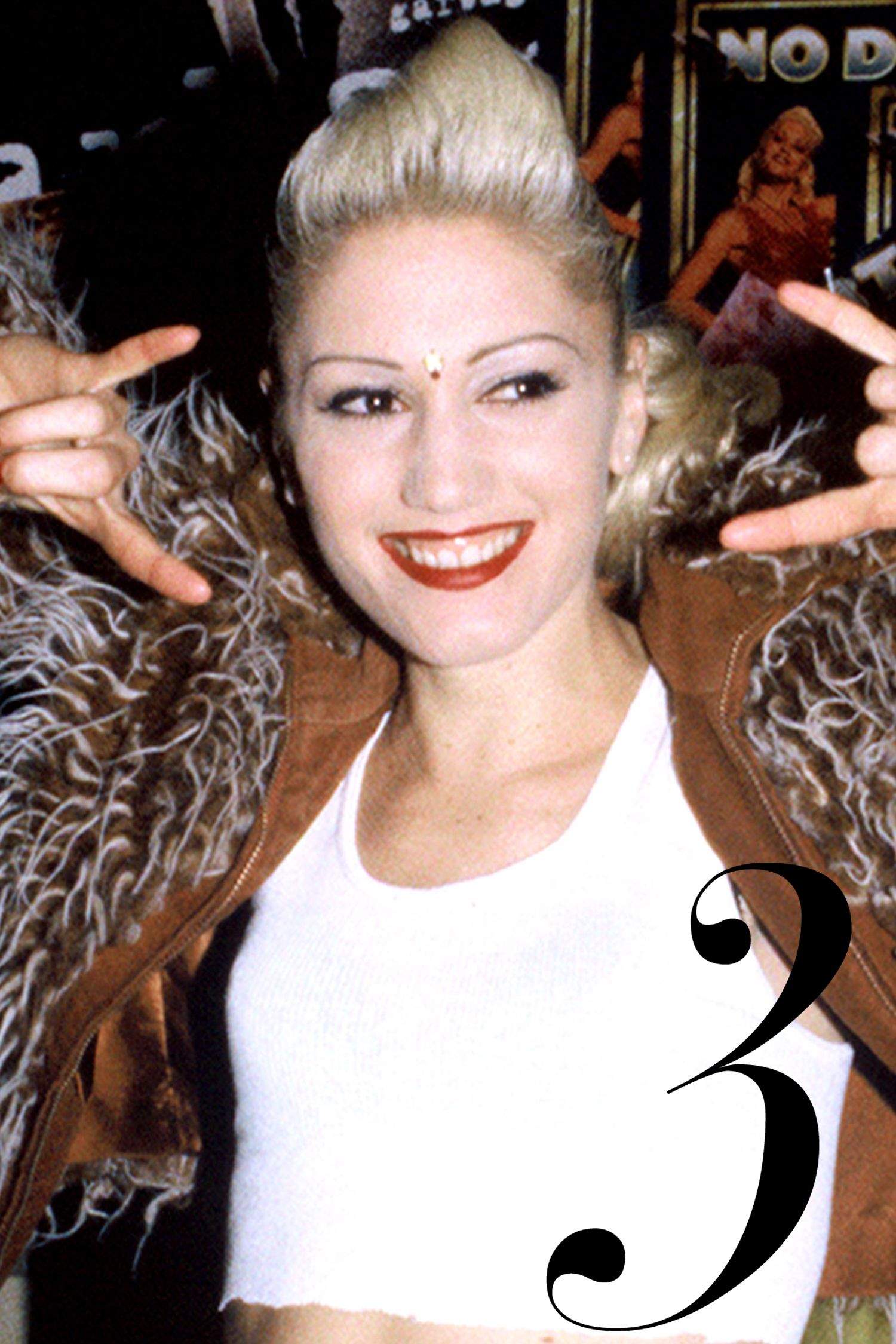 BERKELY, CA - DECEMBER 15: Gwen Stefani of No Doubt backstage at the Berkely Community Theater on December 15, 1995 in Berkely, California. (Photo by Tim Mosenfelder/Getty Images)