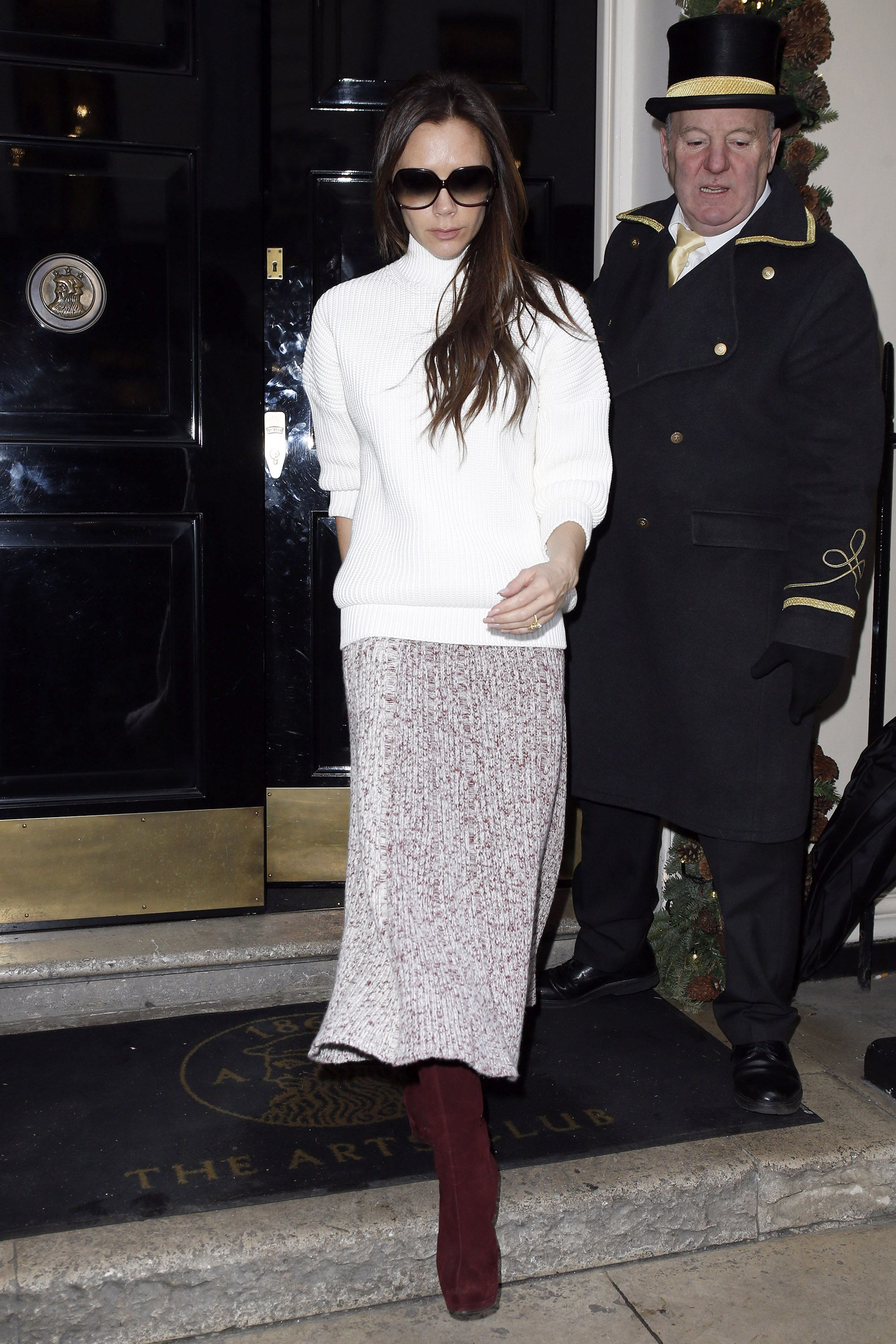 LONDON, UNITED KINGDOM - DECEMBER 12: Victoria Beckham seen leaving The Arts Club, Dover Street on December 12, 2014 in London, England. Photo by Neil Mockford/Alex Huckle/GC Images)
