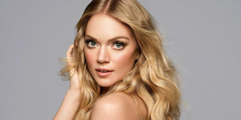 Model Minute: Lindsay Ellingson Shares Her Best Backstage Beauty Trick