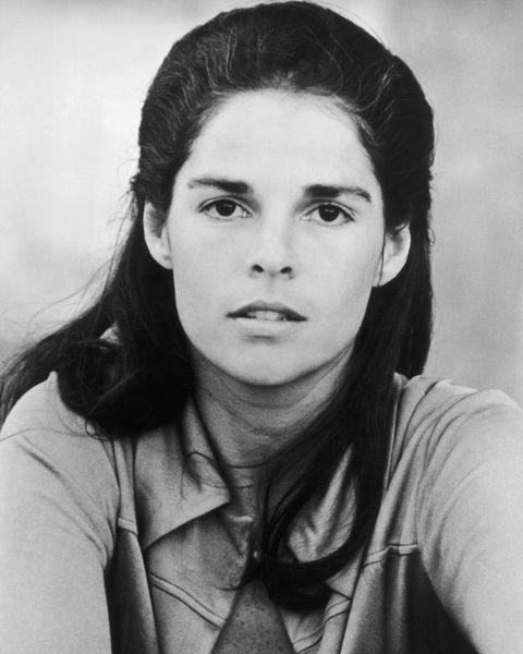 UNITED STATES - CIRCA 1970: The American Actress Ali Mac Graw In 1970'S In Usa. (Photo by Keystone-France/Gamma-Keystone via Getty Images)
