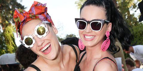 Clothing, Eyewear, Glasses, Leg, Vision care, Smile, Goggles, Sunglasses, Fashion accessory, Style,