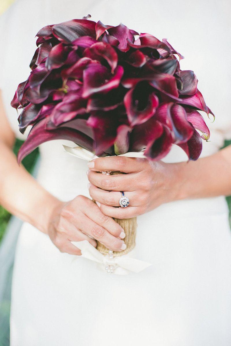 Single Bloom Bouquets Ideas - Chic Wedding Bouquet Ideas