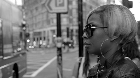 Eyewear, Photograph, Monochrome, White, Monochrome photography, Jewellery, Urban area, Street, Style, Black-and-white,