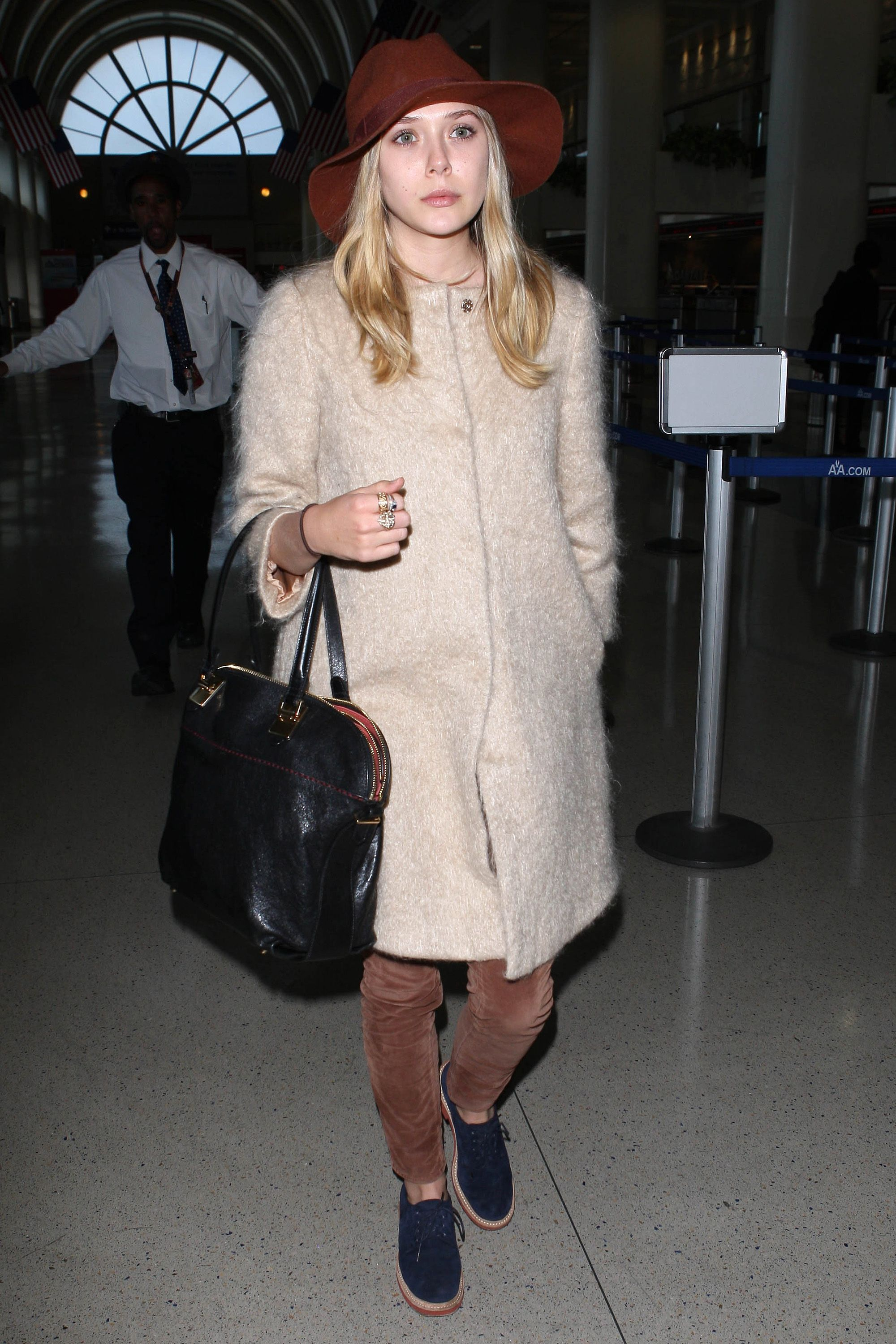 Elizabeth Olsen arriving at LAX coming from New York.&#xA&#x3B;&lt&#x3B;P&gt&#x3B;&#xA&#x3B;Pictured: Elizabeth Olsen&#xA&#x3B;&lt&#x3B;P&gt&#x3B;&#xA&#x3B;&lt&#x3B;B&gt&#x3B;Ref: SPL371796  150312  &lt&#x3B;/B&gt&#x3B;&lt&#x3B;BR/&gt&#x3B;&#xA&#x3B;Picture by: SWAP / Splash News&lt&#x3B;BR/&gt&#x3B;&#xA&#x3B;&lt&#x3B;/P&gt&#x3B;&lt&#x3B;P&gt&#x3B;&#xA&#x3B;&lt&#x3B;B&gt&#x3B;Splash News and Pictures&lt&#x3B;/B&gt&#x3B;&lt&#x3B;BR/&gt&#x3B;&#xA&#x3B;Los Angeles:&#x9&#x3B;310-821-2666&lt&#x3B;BR/&gt&#x3B;&#xA&#x3B;New York:&#x9&#x3B;212-619-2666&lt&#x3B;BR/&gt&#x3B;&#xA&#x3B;London:&#x9&#x3B;870-934-2666&lt&#x3B;BR/&gt&#x3B;&#xA&#x3B;photodesk@splashnews.com&lt&#x3B;BR/&gt&#x3B;&#xA&#x3B;&lt&#x3B;/P&gt&#x3B;