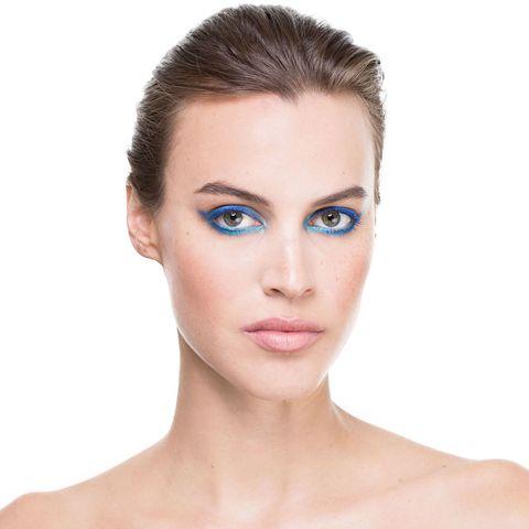 Lip, Cheek, Hairstyle, Skin, Chin, Forehead, Eyelash, Shoulder, Eyebrow, Style,