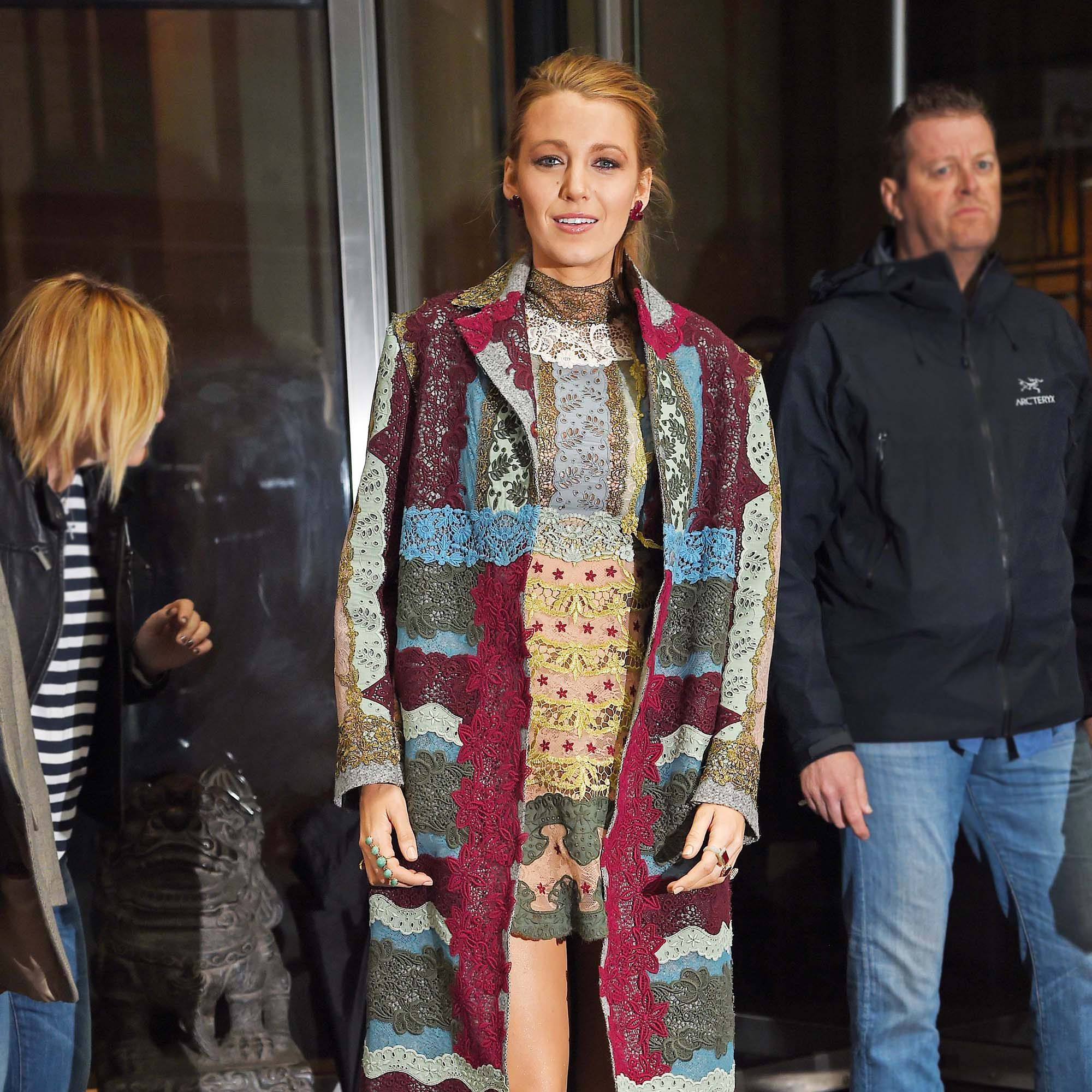 NEW YORK - APRIL 22: Blake Lively steps out of her Upper West Side Hotel on APRIL 22, 2015 in New York, New York.  (Photo by Josiah Kamau/BuzzFoto via Getty Images)