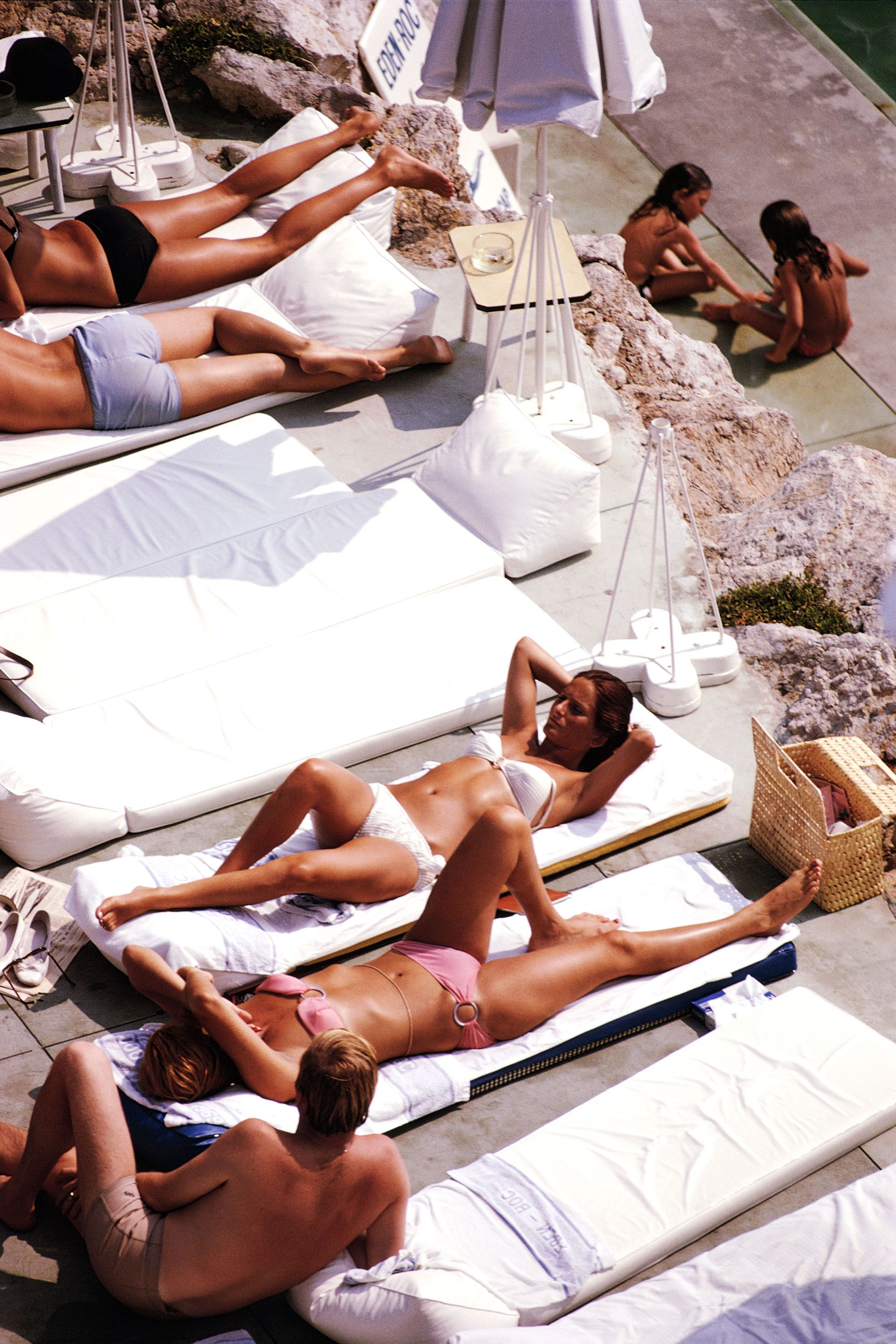 Sunbathers at the Hotel du Cap Eden-Roc, Antibes, France, August 1969. (Photo by Slim Aarons/Hulton Archive/Getty Images)