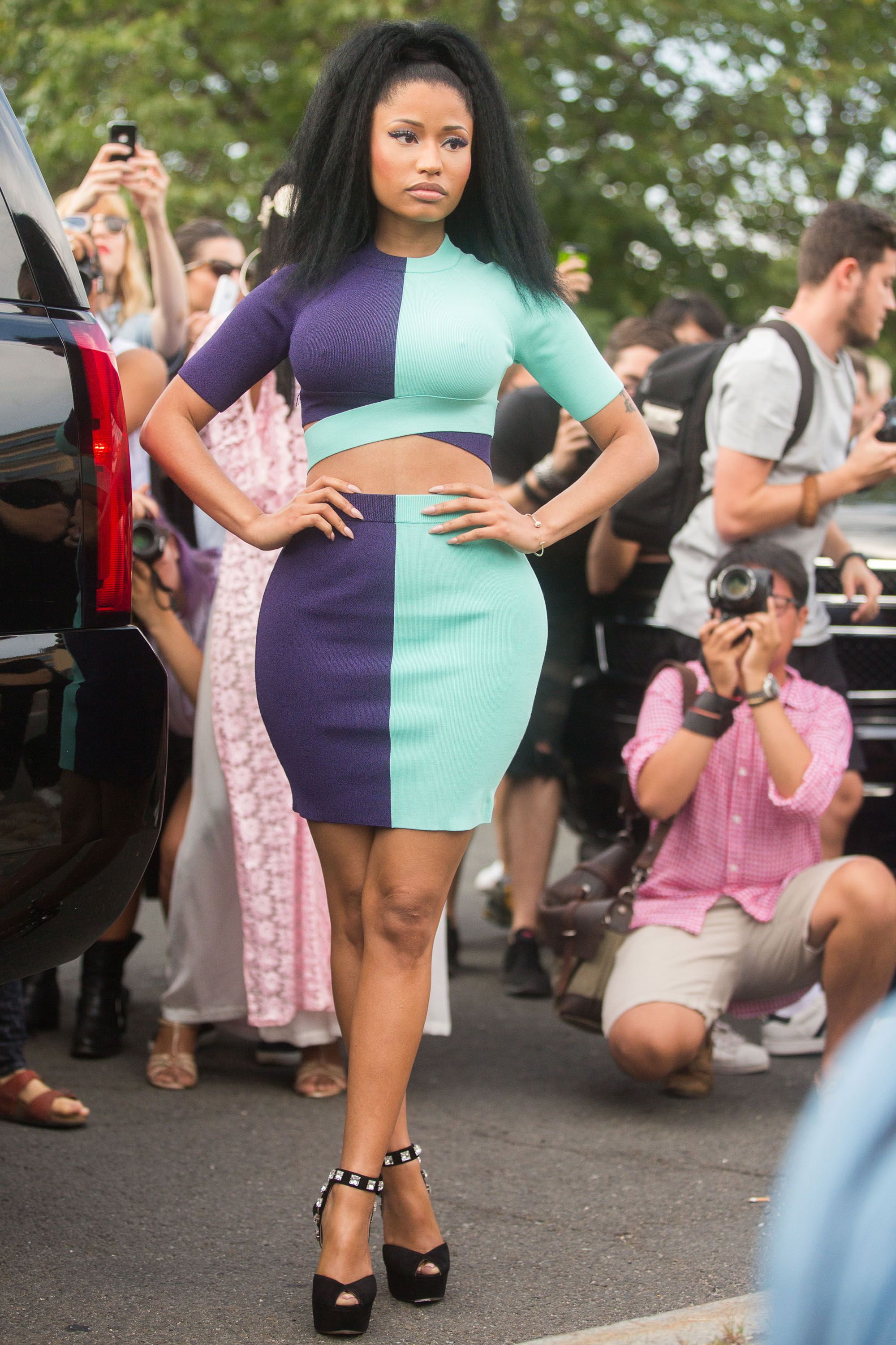NEW YORK, NY - SEPTEMBER 06:  Musician Nicki Minaj enters Alexander Wang on Day 3 of New York Fashion Week Spring/Summer 2015 on September 6, 2014 in New York City.  (Photo by Melodie Jeng/Getty Images)