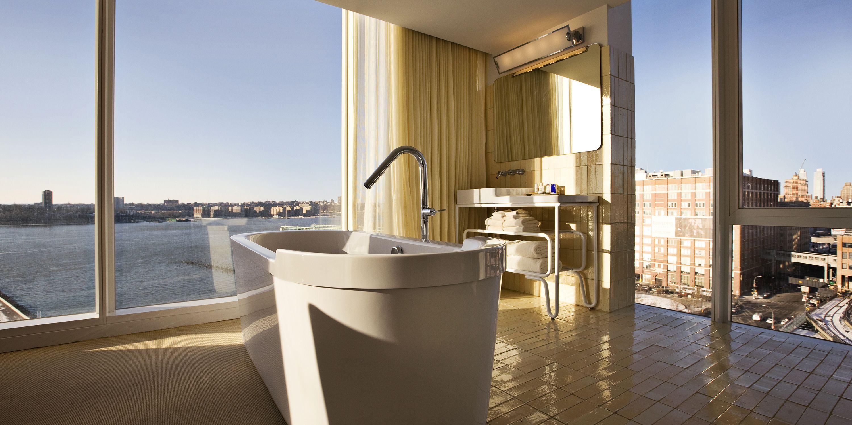 15 Luxury Hotels In Room Beauty Amenities Hotel Beauty Products