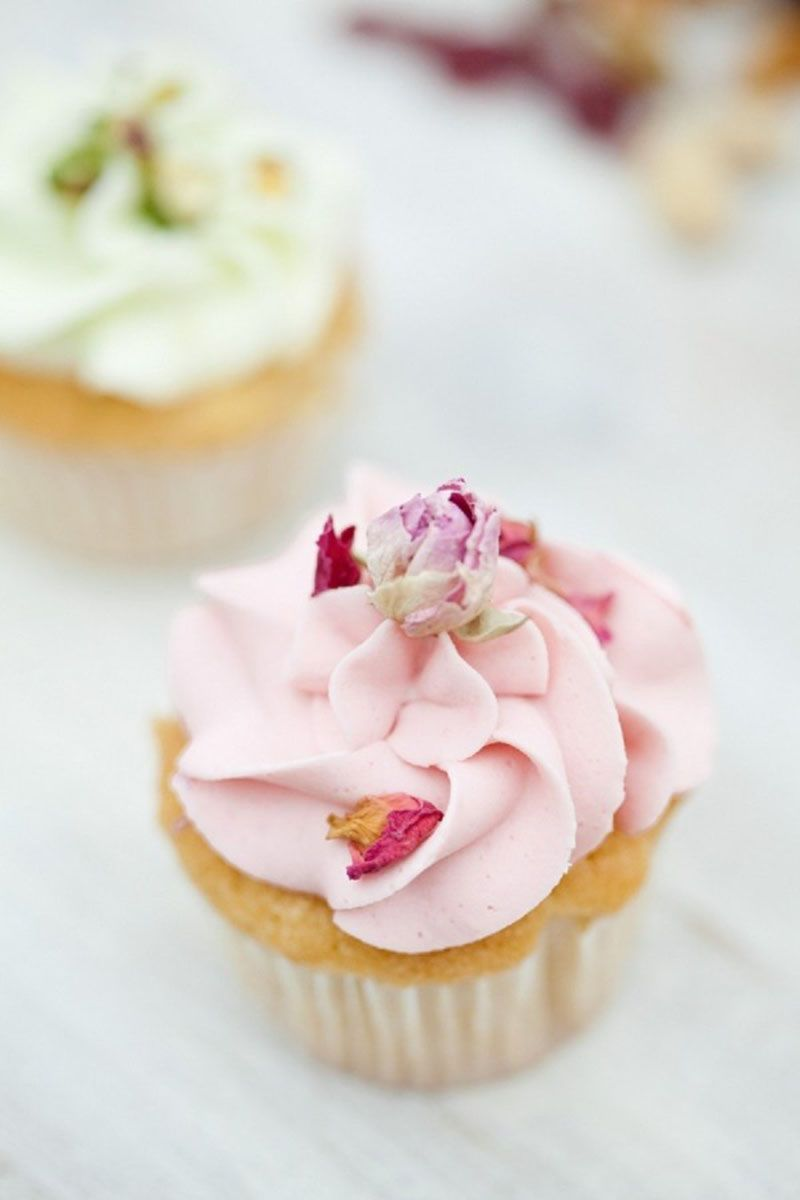 Prettiest Wedding Cupcakes - Wedding Cake Alternative Ideas