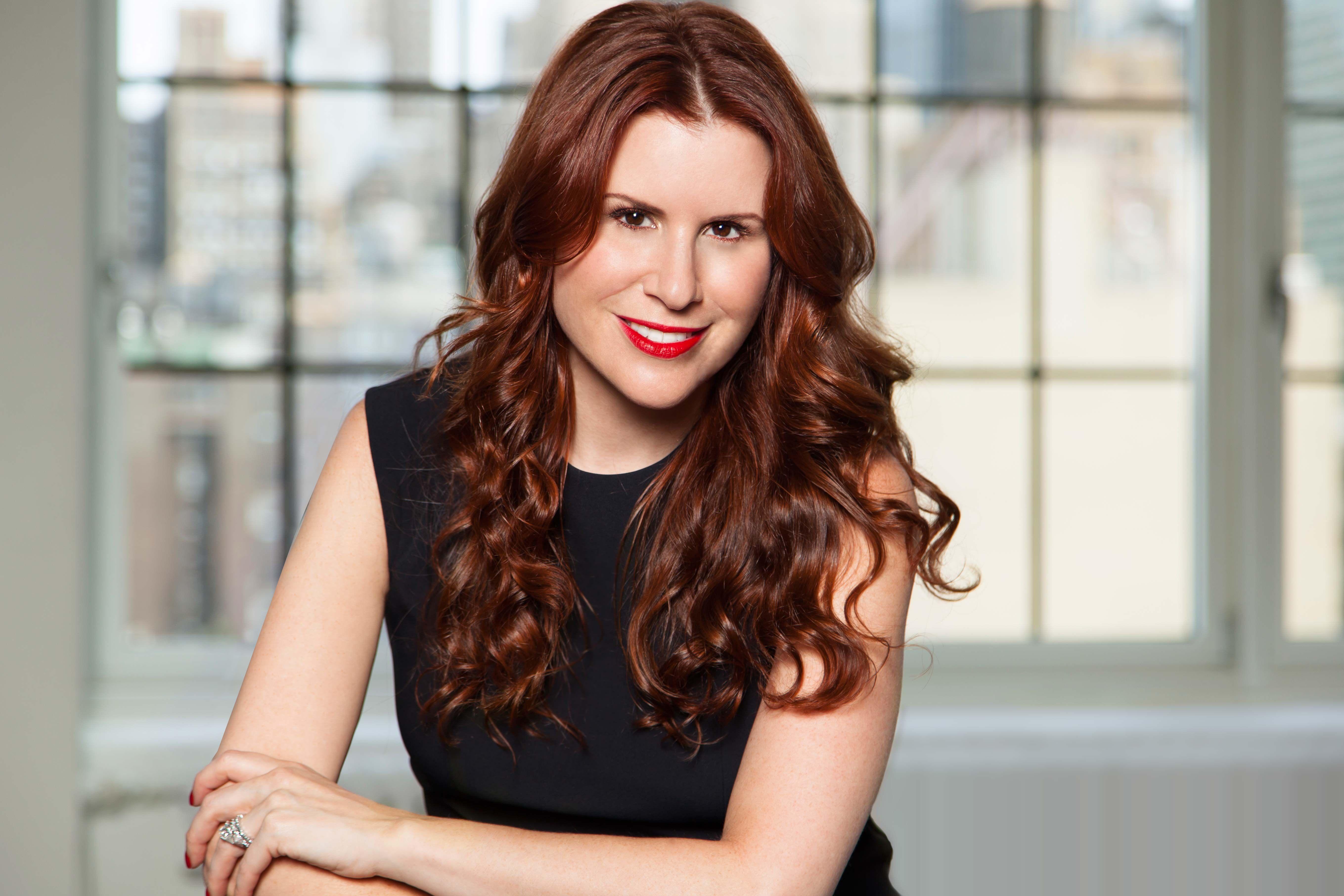 DKNY PR Girl Aliza Licht's Top 5 EntertainingTips forecasting