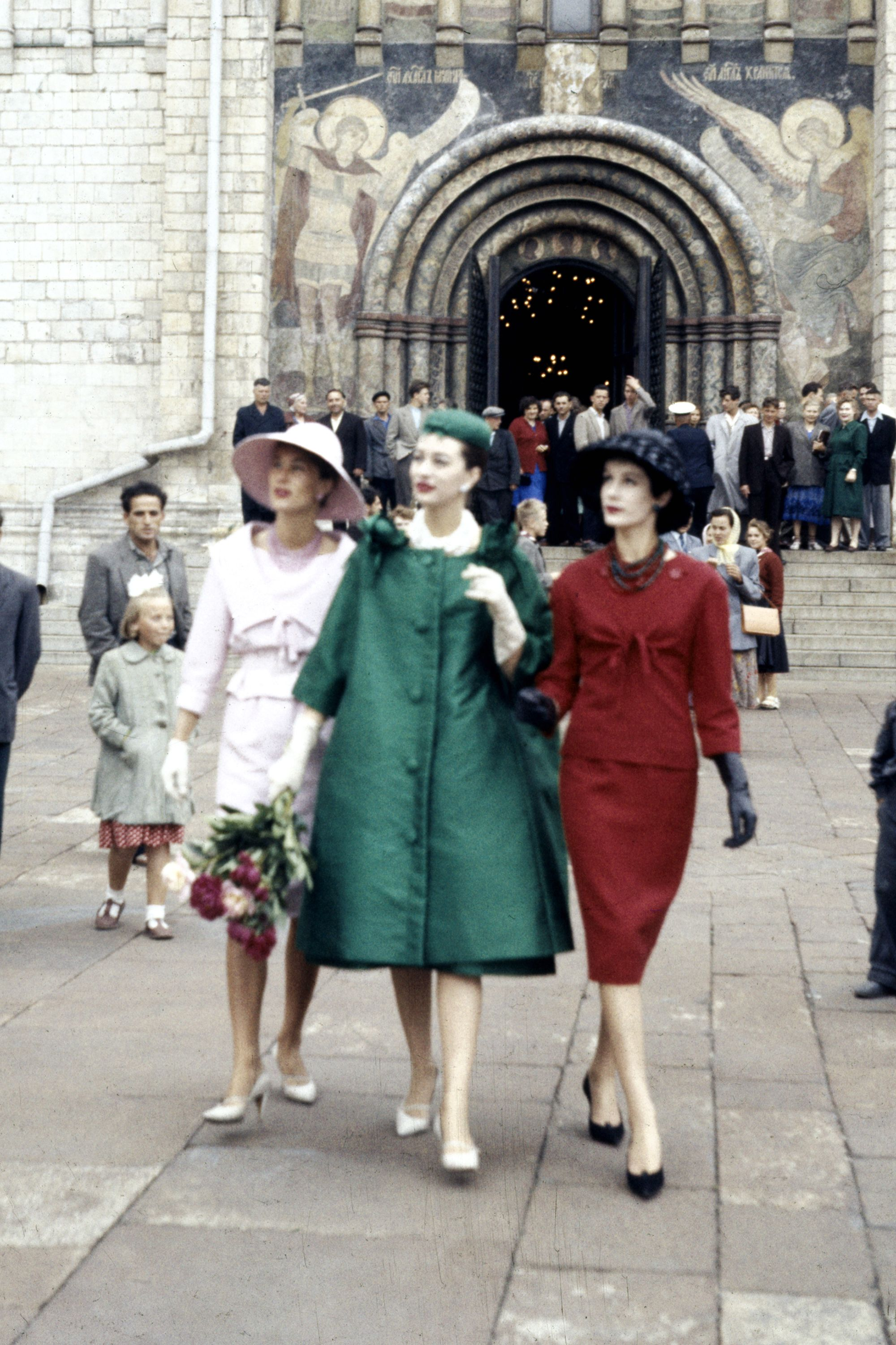 Subject: Christian Dior Models showing French fashion on the streets of Moscow. 1959