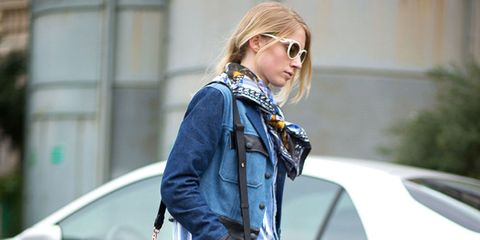 Eyewear, Vision care, Glasses, Outerwear, Sunglasses, Bag, Style, Street fashion, Jacket, Goggles,