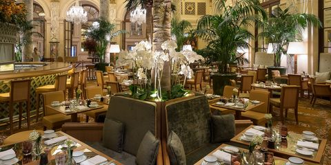 hbz-chic-eats-The Palm Court Interior