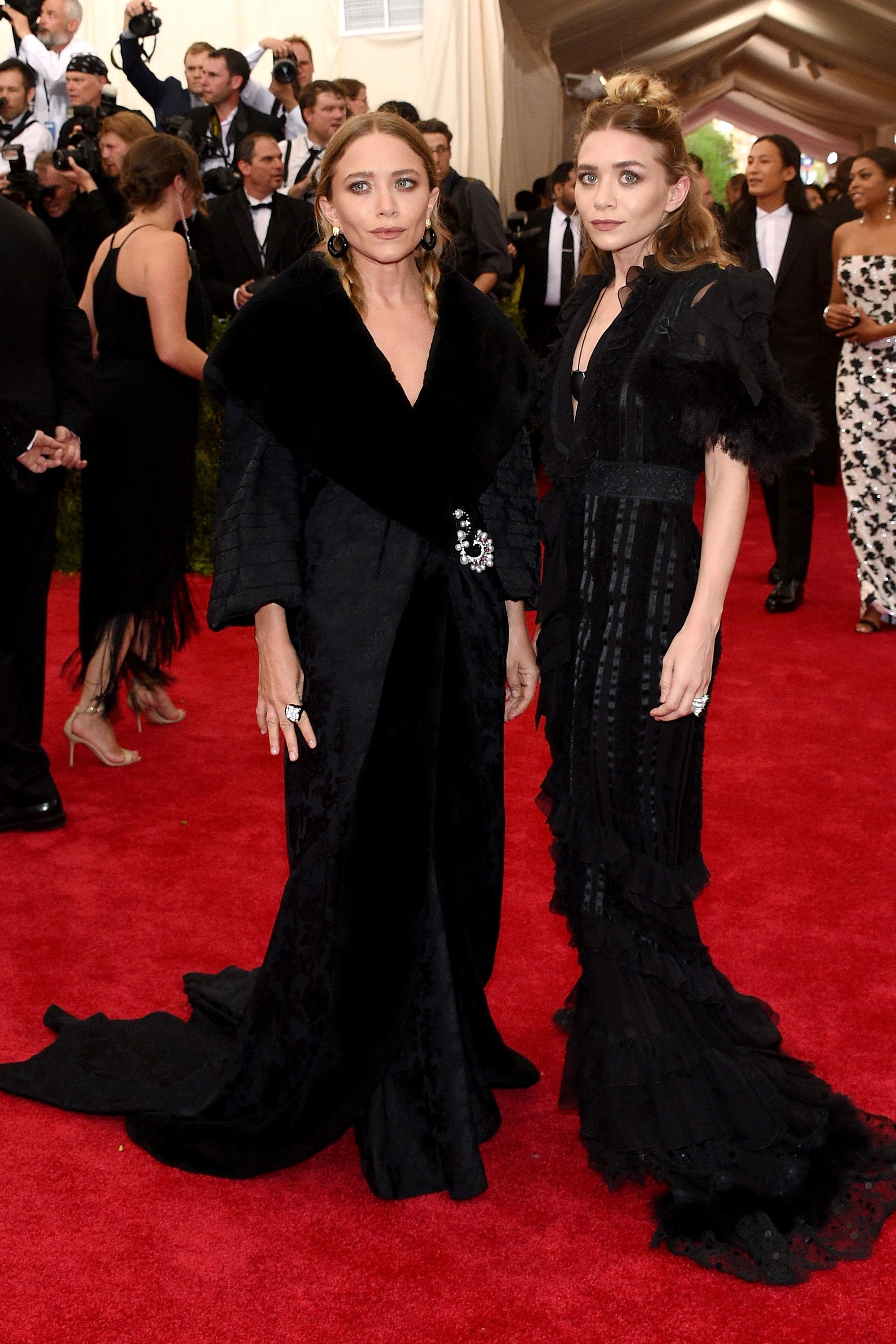 "NEW YORK, NY - MAY 04:  Mary Kate and Ashley Olsen attend the ""China: Through The Looking Glass"" Costume Institute Benefit Gala at the Metropolitan Museum of Art on May 4, 2015 in New York City.  (Photo by Larry Busacca/Getty Images)"