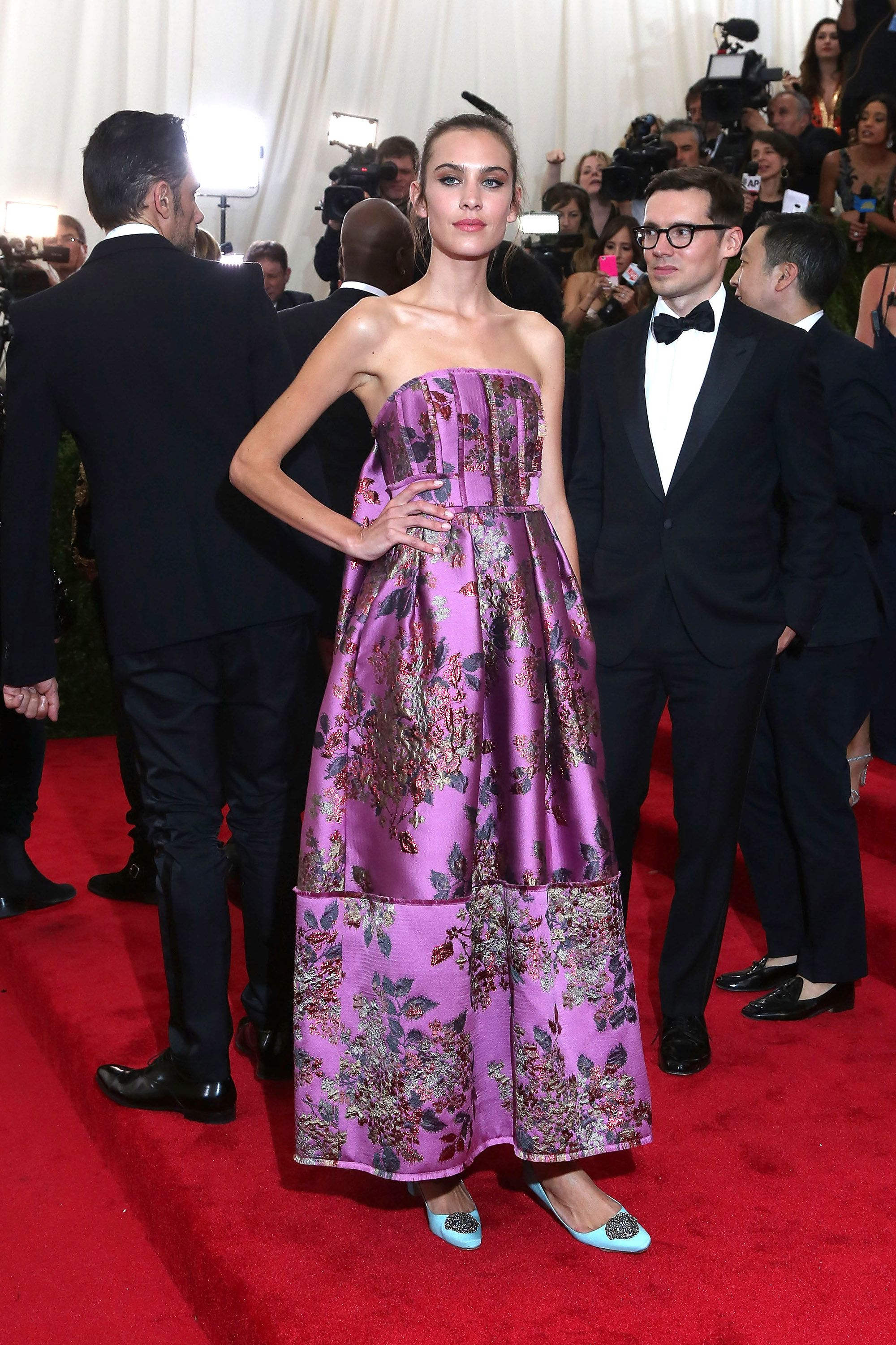 "NEW YORK, NY - MAY 04:  Model Alexa Chung attends ""China: Through the Looking Glass"", the 2015 Costume Institute Gala, at Metropolitan Museum of Art on May 4, 2015 in New York City.  (Photo by Taylor Hill/FilmMagic)"