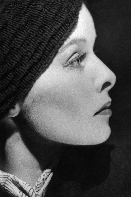 (GERMANY OUT) Katharine Hepburn   (*12.05.1907-29.06.2003+)  , Schauspielerin, USA, Porträt, - 1934  (Photo by ullstein bild via Getty Images)