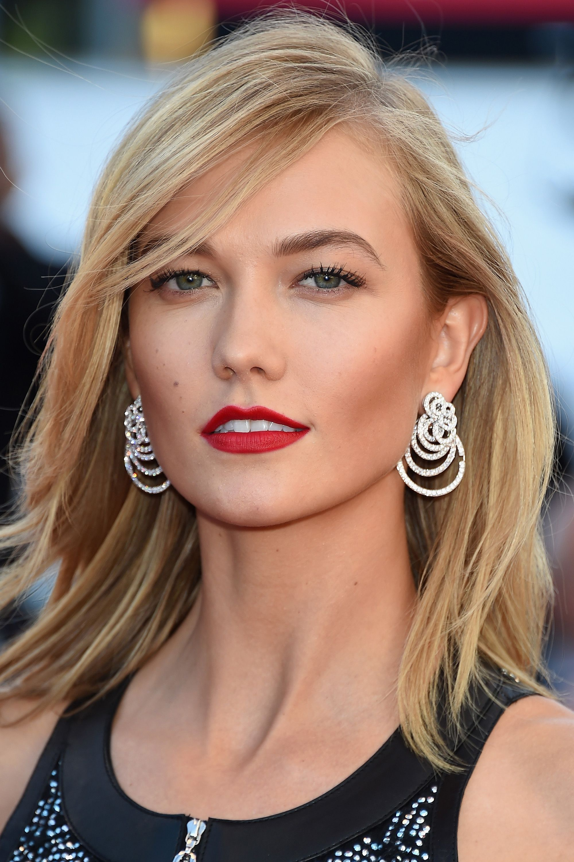"CANNES, FRANCE - MAY 20: Karlie Kloss attends the ""Youth""  Premiere during the 68th annual Cannes Film Festival on May 20, 2015 in Cannes, France.  (Photo by Venturelli/WireImage)"