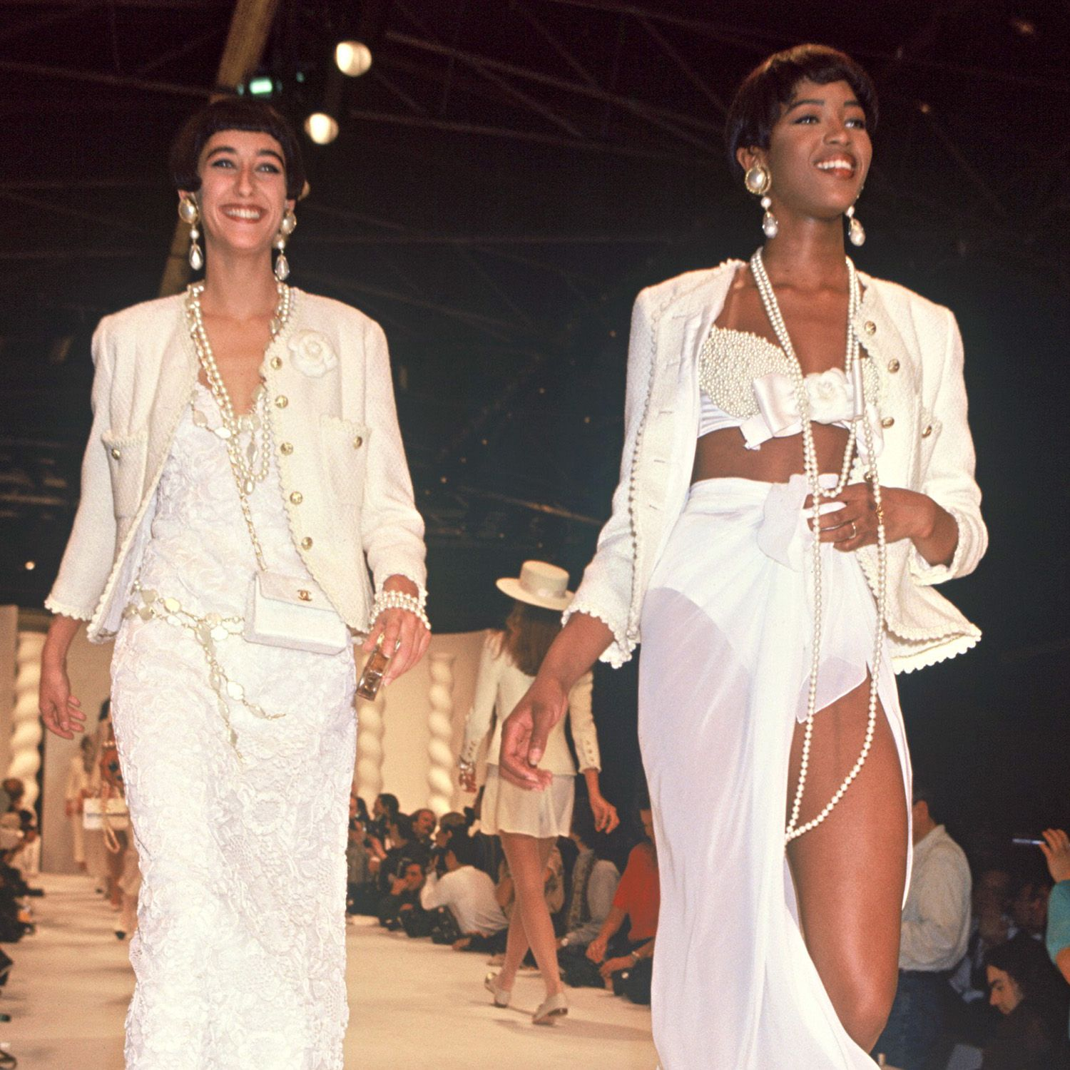 ARCHIVES - NAOMI CAMPBELL - DEFILE DE MODE CHANEL COLLECTION PRET A PORTER PRINTEMPS ETE 1990 A PARIS&#xA&#x3B;&#xA&#x3B;&#xA&#x3B;