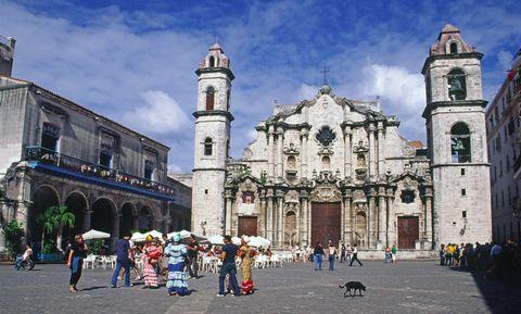 Architecture, Public space, Tourism, City, Town, Landmark, Street, Church, Pedestrian, Town square,
