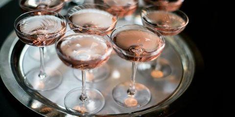 Fluid, Glass, Drinkware, Stemware, Barware, Liquid, Tableware, Alcoholic beverage, Drink, Champagne stemware,