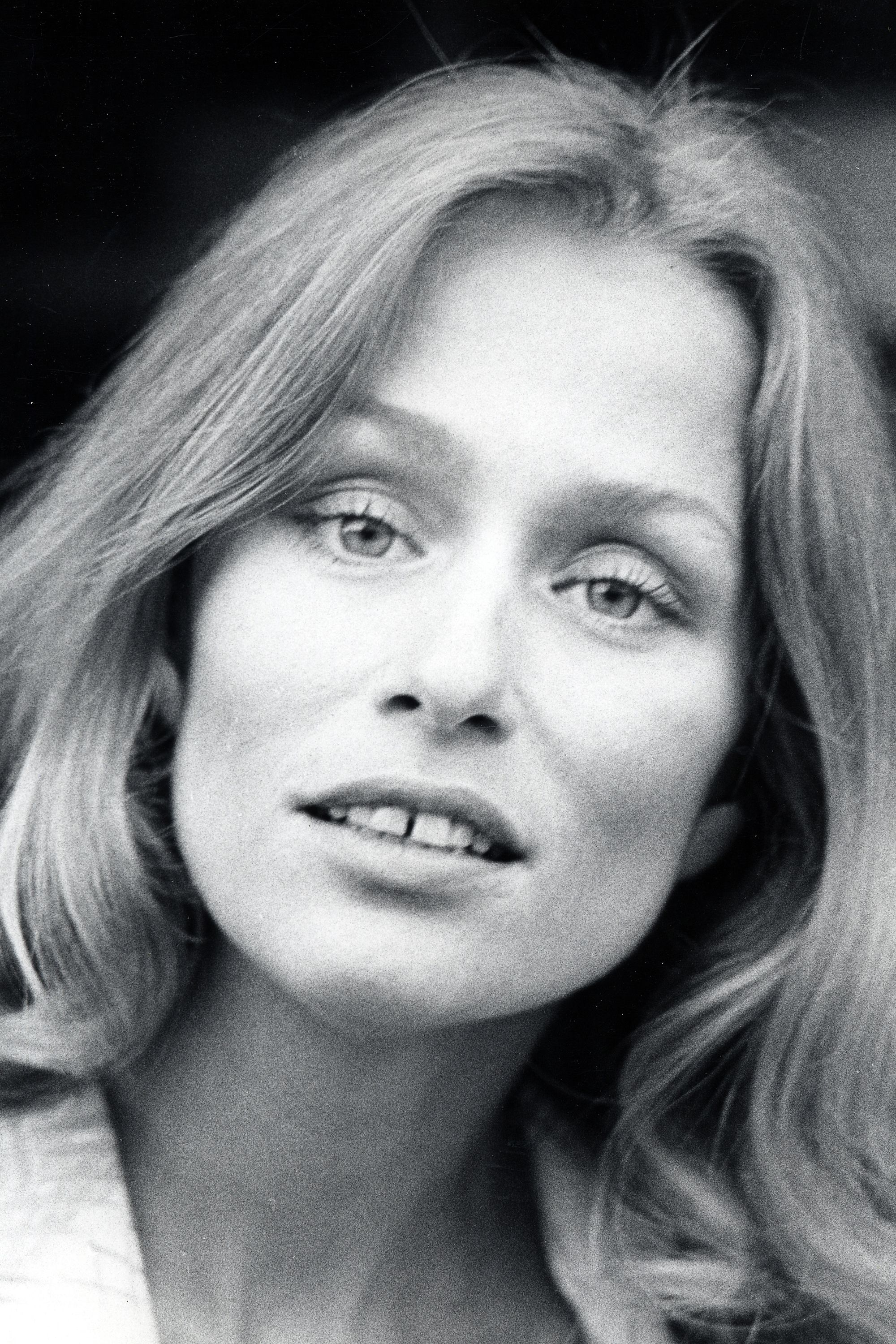 unconventional beauty icons - beautiful women throughout history