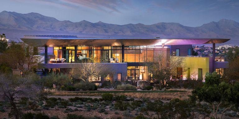 A Look Inside Vegas's Secret Celebrity Getaway Mansion