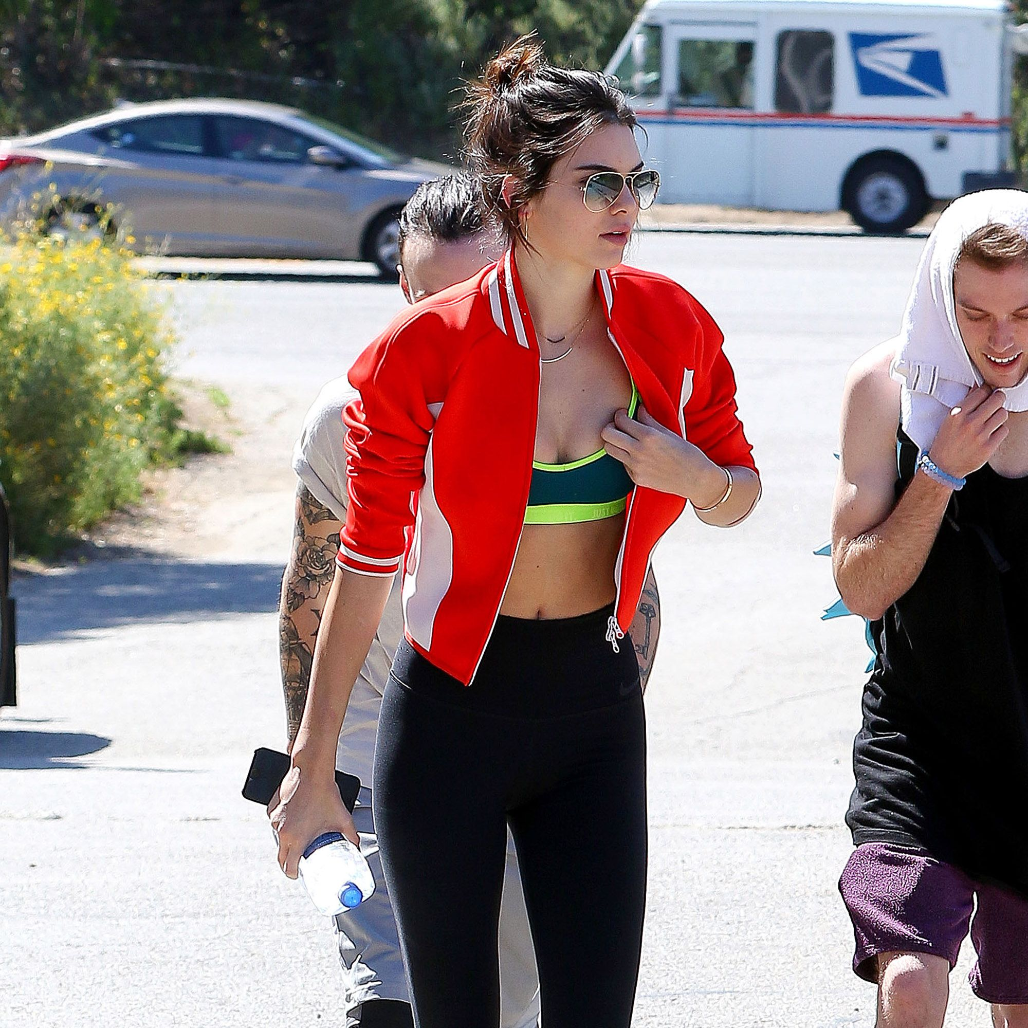 NO JUST JARED USAGE&lt&#x3B;BR/&gt&#x3B;&#xA&#x3B;*NO DAILY MAIL* Stunning Kendall Jenner flashes cleavage while out hiking with Jaden Smith and friends then shopping at the Malibu Country Mart.&#xA&#x3B;&lt&#x3B;P&gt&#x3B;&#xA&#x3B;Pictured: Kendall Jenner&#xA&#x3B;&lt&#x3B;B&gt&#x3B;Ref: SPL992634  050415  &lt&#x3B;/B&gt&#x3B;&lt&#x3B;BR/&gt&#x3B;&#xA&#x3B;Picture by: Splash News&lt&#x3B;BR/&gt&#x3B;&#xA&#x3B;&lt&#x3B;/P&gt&#x3B;&lt&#x3B;P&gt&#x3B;&#xA&#x3B;&lt&#x3B;B&gt&#x3B;Splash News and Pictures&lt&#x3B;/B&gt&#x3B;&lt&#x3B;BR/&gt&#x3B;&#xA&#x3B;Los Angeles:310-821-2666&lt&#x3B;BR/&gt&#x3B;&#xA&#x3B;New York:212-619-2666&lt&#x3B;BR/&gt&#x3B;&#xA&#x3B;London:870-934-2666&lt&#x3B;BR/&gt&#x3B;&#xA&#x3B;photodesk@splashnews.com&lt&#x3B;BR/&gt&#x3B;&#xA&#x3B;&lt&#x3B;/P&gt&#x3B;