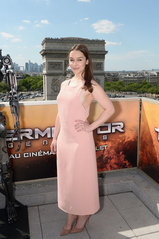 Emilia Clarke Reveals 'Game of Thrones' Sex Scene Trick