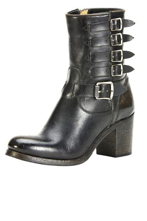 "<strong>The Frye Company</strong> boot, $378, <a target=""_blank"" href=""http://www.thefryecompany.com/women-boots/l/101"">thefryecompany.com</a>."