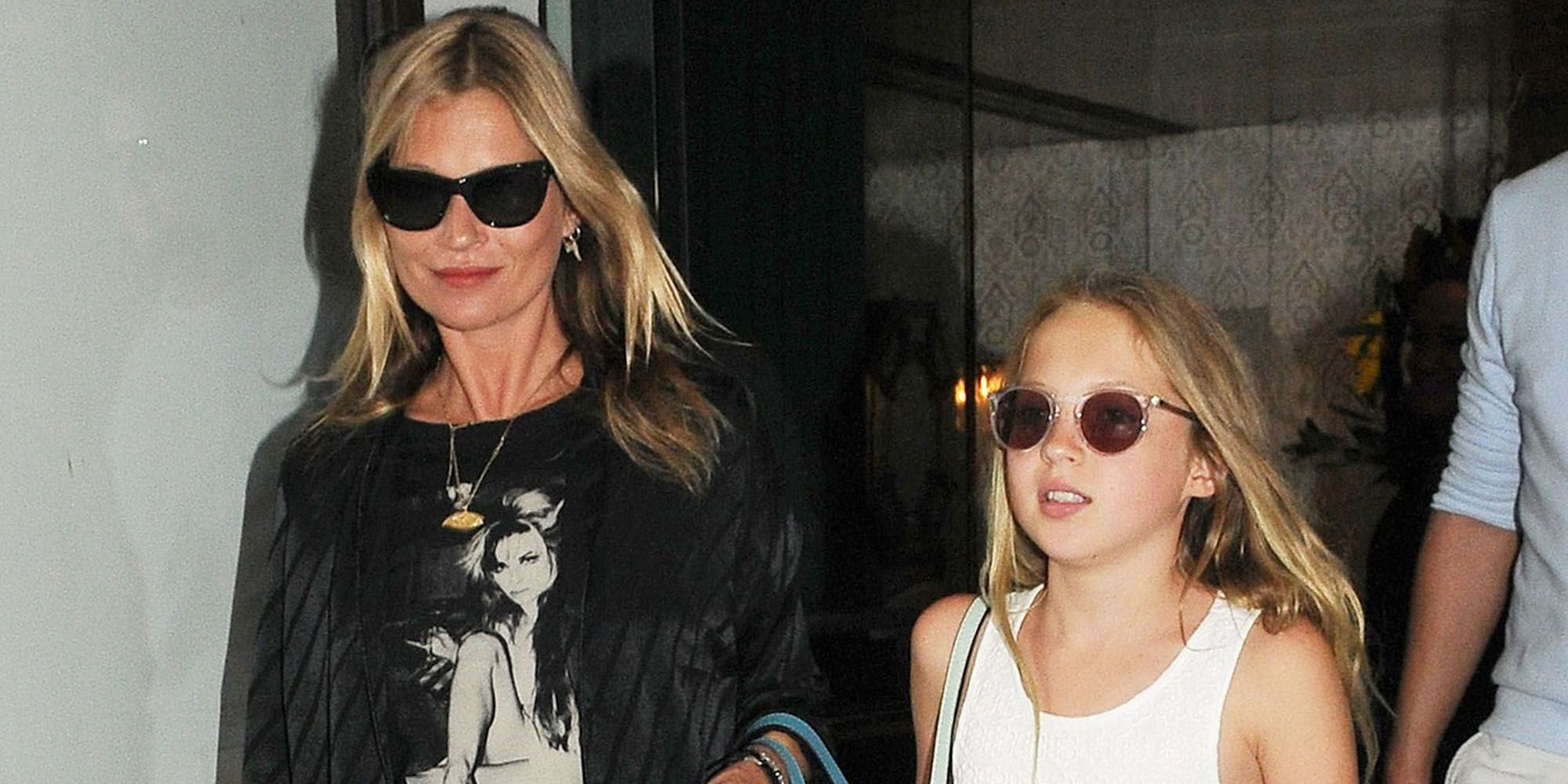 foto Kate Moss is an Embarrassing' Mom, Says Daughter LilaGrace